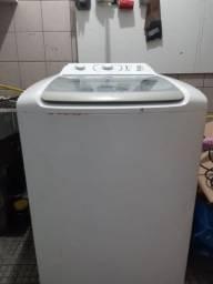 Lavadora de roupas eletrolux  12 kilos