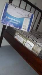 Título do anúncio: Vendo cama de solteiro