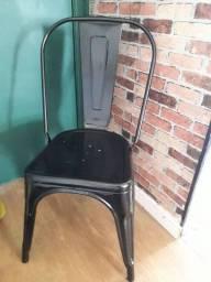 Título do anúncio: Cadeira tolix ferro