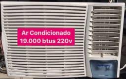 Ar Condicionado 19.000 btus 220v