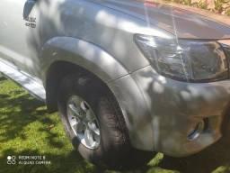 Toyota Hilux 2013/2013 4X4 flex. a mais nova de minas