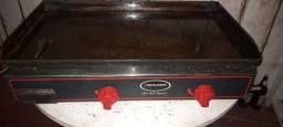 Título do anúncio: Chapa bifeteira 800x525 a gás. Top