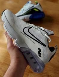 Título do anúncio: Tênis Nike Lançamento! Tam 40/41/42