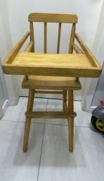 Cadeira de Papa de madeira, IMPECÁVEL!!!