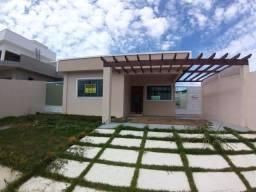 Casa no Condomínio Blue garden , com 03 quartos, piscina e churrasqueira