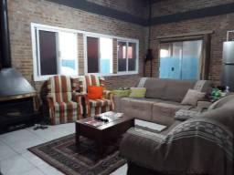 Casa com 3 dormitórios à venda, 150 m² por R$ 750.000,00 - Laranjal - Pelotas/RS