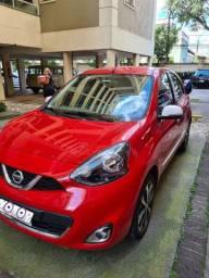 Nissan March SL 1.6 16v vermelho