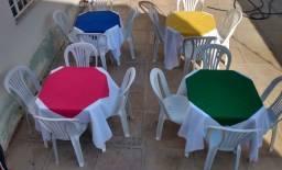 Título do anúncio: Aluguel de Mesas , cadeiras , toalhas e freezer para FESTAS/EVENTOS