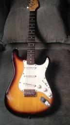 Guitarra Condor Strato Sumbust rx30s