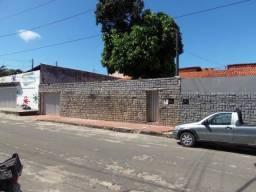 Título do anúncio: Vendo Casa na Rua Bill Cartaxo, 405 - Sapiranga