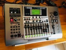 Estúdio Boss BR1200 efeitos de pedaleira GT6, importado, completo com manuais em Português
