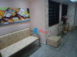 Apartamento com 2 dormitórios(vssta livre) e sacada na Guilhermina perto do Extra e Carref