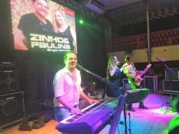 Cantor cantora músico banda música ao vivo confraternização