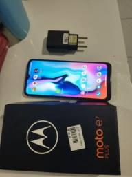 Motorola moto E7 plus novo