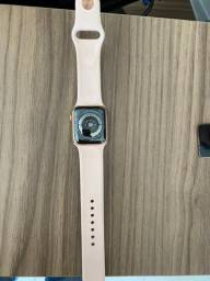 Apple Watch Serie 4 40 mm - Tela Quebrada