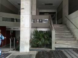 Título do anúncio: Sala comercial com 27 metros e 1 vaga de garagem no bairro Funcionários em BH