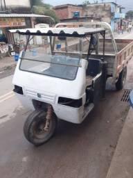 Triciclo Gurgel TA01