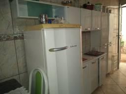 Vendo armário de cozinha colomarq
