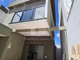 R.N. Casa no b. planalto com 2 suites e area Gourmet-2 pavimentos - 180 mil-