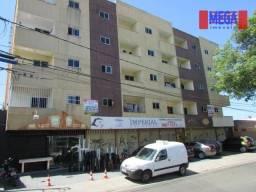 Apartamento com 2 quartos para alugar, na Av. Jovita Feitosa