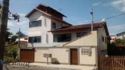 Linda Casa 4 Quartos + 3 Chalés Á Venda no Balneário de Meaípe em Guarapari-ES!