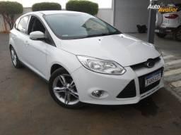 Ford focus se hatch 2015