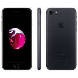iPhone 7 Tela LCD Retina HD 4,7? iOS 13 32 GB - Preto Matte