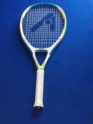 Raquete de tênis Adams.muito boa aço de titânio