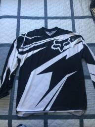 Roupa de motocross e trilha de moto, calça e camisa. Novos, nunca usados