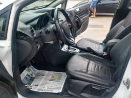 New Fiesta 1.6 Titanium plus automático 2016