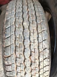 Jogo pneus de Pneus Bridgestone Dueler H/T 265/70/16