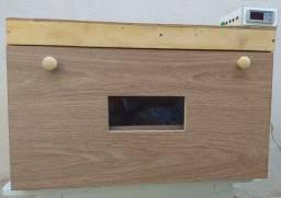 Chocadeira - 120 Ovos (Automática)