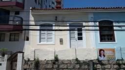Título do anúncio: Casa térrea no Centro de Florianópolis.