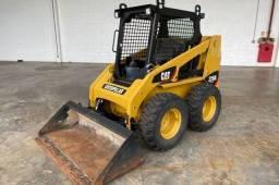 Título do anúncio: Mini Carregadeira 226 Caterpillar - 11/11-Repasse