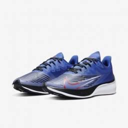 Título do anúncio: Tênis Nike Zoom Gravity 2 Masculino - Azul+Preto (39; 41; 43; 44)