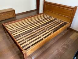 Título do anúncio: Cama casal usada madeira
