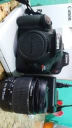 Câmera fotografica Canon t100 + lente do kit + lente 50mm
