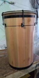 Instrumento de percussão artesanal