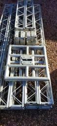Título do anúncio: Treliças Box truss q15 Alumínio