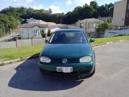 VW Golf 2001 impecável