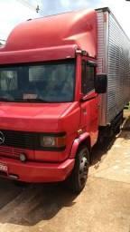 Título do anúncio: Vendo caminhão 710 Plus 2012
