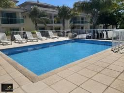Excelente duplex em Cabo Frio, condomínio fechado, com 03 quartos, porteira fechada