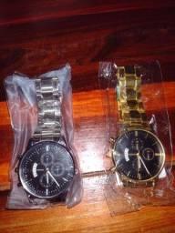 Título do anúncio:  Relógios prata e Dourado