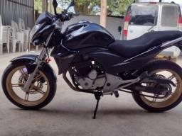 Honda.  CB300R