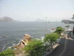 Título do anúncio: Apartamento com linda vista indevassável para a Praia de Icaraí. Composto por sala, 3 quar