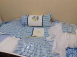 Enxoval de LUXO NOVO e completo com véu para dorsel e com dorsel.