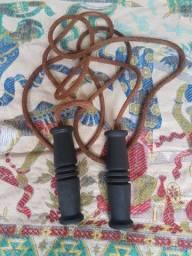 Corda de Pular em Couro 2,4m - Rolamento - Peso 350g Top de Linha