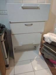 Vendo 4 armários por R$ 150,00