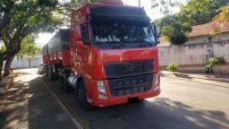 Título do anúncio: Caminhão conjunto volvo FH 440 bi Caçamba
