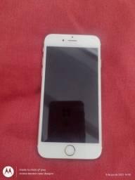 Vende se 1 iPhone
